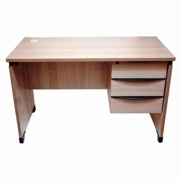 Trigo-W Computer Table